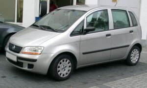 Fiat İdea Nasıl Araba, Alınır Mı? Kullanıcı Yorumları