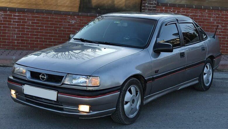 Opel Vectra A (1989 – 1995) Nasıl Araba, Alınır Mı? Kullanıcı Yorumları